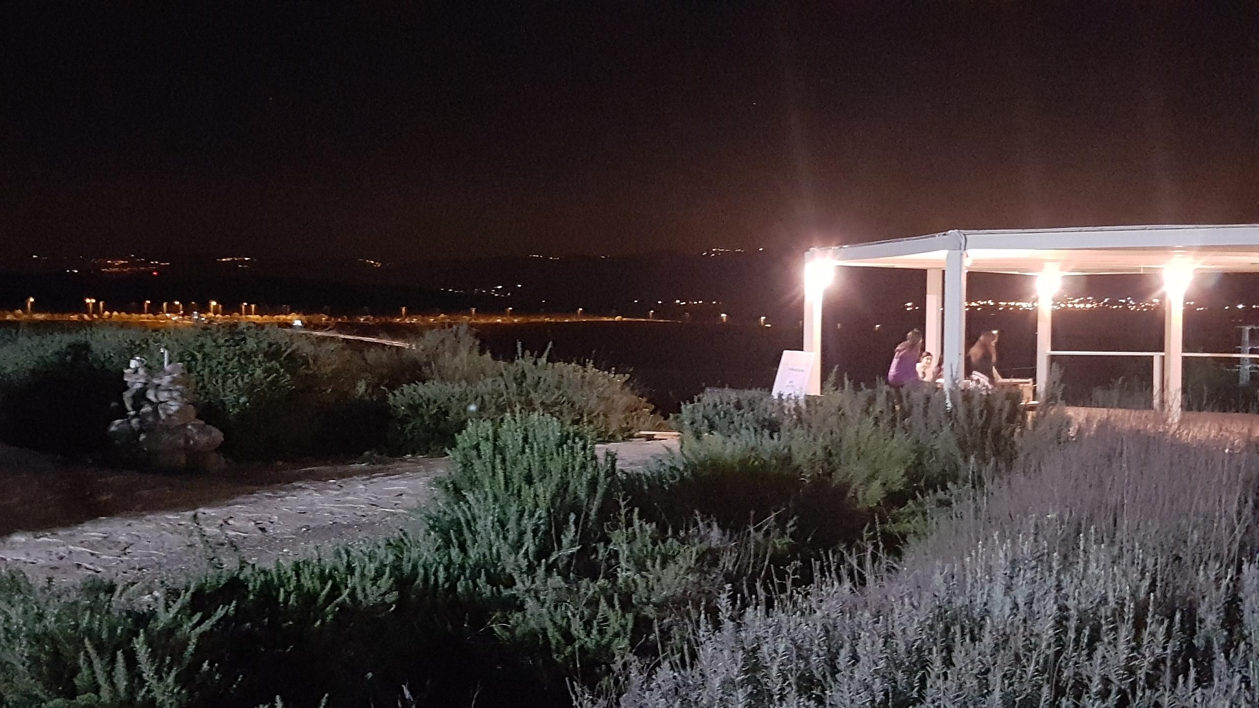 פרגולה ותאורה במצפה